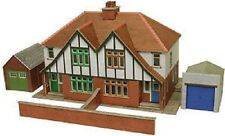 Metcalfe PO266 Semi-Detached Houses (00 Gauge) Railway Model Kit