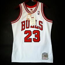 100% Authentic Michael Jordan Mitchell Ness 97 98 Bulls Home Jersey Size 40 M