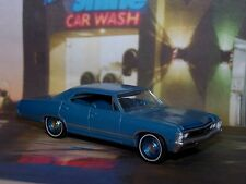 1967 CHEVY IMPALA SEDAN FAMILY CAR 1/64 SCALE COLLECTIBLE DIECAST DIORAMA MODEL