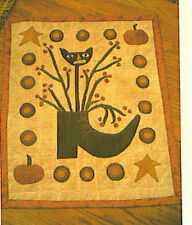 PRIMITIVE PENNY RUG KIT ~ THE WITCH'S SHOE