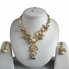 GOLD CLEAR INDIAN COSTUME JEWELLERY NECKLACE EARRINGS PEARLS SET NEW BRIDAL GIFT