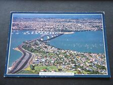 AUCKLAND CITY AND YACHT HARBOUR 1995 POSTCARD