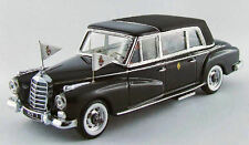 Mercedes 300D 1963 Papa Giovanni XXIII 50 Anniversary with 2 Figures 1:43 RIO