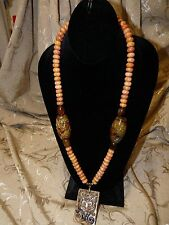 OLDJADE PENDANT WITH LARGE OLD JADE BEADS, BRONZE & AGATE