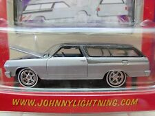 JOHNNY LIGHTNING - WICKED WAGONS - (1965) '65 CHEVY CHEVELLE STATION WAGON