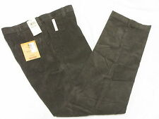 $70 NWT Mens Haggar Classic Fit Flat Front 14-Wale Corduroy Pants 34x32 34 M942