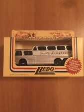 1983 LLedo Models of Days Gone By Greyhound Die Cast Bus Silver New in Box 23