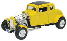 New Motormax 1932 Ford Hot Rod Yellow 1:18 -73172AC