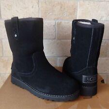 UGG Redwood Black Suede Sheepskin US 6 Youth Kids Unisex Boots, fits womens 8