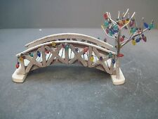 Wooden footbridge Bridge W/ Faux Christmas Lights DICKENSVALE 1991 Lemax