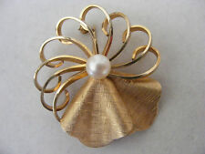 Vintage Van Dell 12K Gold Filled Brooch Pin Cultured Pearl