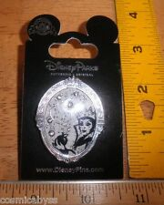 Snow White Queen with apple jeweled mirror Disney Pin MOC