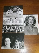 LOT 4 PHOTOS STARS DE CINEMA / BELMONDO, DENEUVE, COLUCHE, DANIEL AUTEUIL...