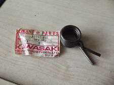 92080 031 GENUINE KAWASAKI NOS NEW GEAR CHANGE RETURN LEVER SPRING KE250 GPz305