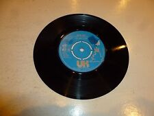 "THE FIRST CLASS - Beach Baby - 1974 UK 7"" vinyl Single"