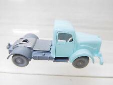 eso-5186 IMU 1:87 Mercedes Zugmaschine weißblau/grau Sattelplatte silber