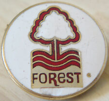 NOTTINGHAM FOREST Rare vintage badge Maker MANHATTAN WINDSOR Brooch pin 28mm Dia