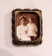EUC!  Wall PICTURE FRAME Vintage Bronze Photo Dollhouse Miniature 1:12 + 1 extra