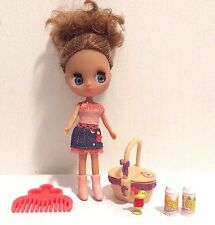 Littlest Pet Shop Blythe Doll B17 Cowgirl -Desert Fun with Picnic Basket  EUC