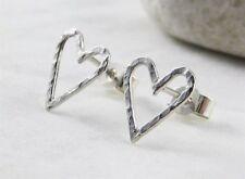 Zarcillos De Corazón Plata Esterlina Martillado-hecho a mano por cmcb Jewellery