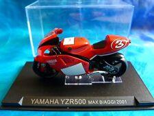 Moto miniature Yamaha YZR500 Max Biaggi 2001