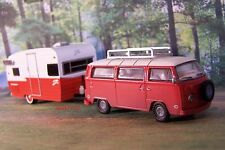 1973 VOLKSWAGEN VW BUS + SHASTA AIRFLYTE CAMPER COLLECTIBLE MODEL - 1/64 DIORAMA