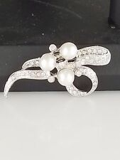 Silver and Crystal Faux Pearl Brooch/Pin