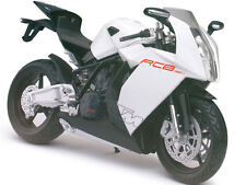 KTM RC8 WHITE BIKE 1/12 MOTORCYCLE MODEL BY AUTOMAXX 600602W