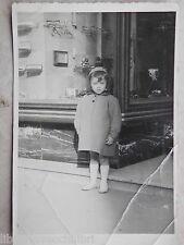 Vecchia foto d epoca fotografia antica BAMBINO NEGOZIO OTTICA FOTOGRAFO Occhiali
