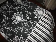 WILLIAMS SONOMA BLACK & WHITE FLORAL STRIPES OBLONG TABLECLOTH 70 X 102 COTTON