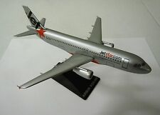 JETSTAR  AIRBUS A320-200  1:200 scale Snap Fit Type Model