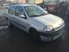 2001 Renault Clio 1.5 dCi 65 LEFT HAND DRIVE STARTS+DRIVES SPARES OR REPAIRS