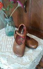 Earth shoe kalso heel size 6 tan leather