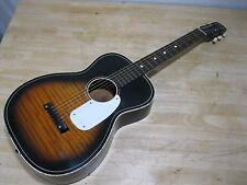 Vintage Silvertone Model 319.60609 Parlor Guitar ------------------------> Cool!