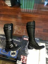 1/6 Sideshow Collectibles Catwoman figure BOOTS TOES CURLED UP ONLY JC
