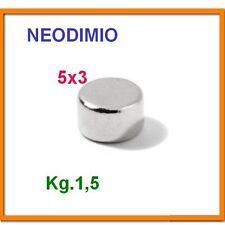 10 Pezzi NEODIMIO MAGNETE Disco 5X3 mm. 1,5 KG. N 42 CALAMITA CALAMITE MAGNETI