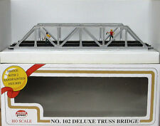 HO SCALE TRAINS MODEL POWER DELUXE TRUSS BRIDGE W/ 2 FIGURES