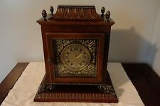VINTAGE BATTERY OPERATED ORNATE WOOD CASE BOMBAY MANTLE CLOCK WITH LION HARDWARE