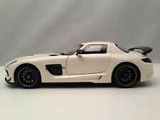 Minichamps 2013 Mercedes Benz SLS AMG Black Series White Dicast Model Car 1/18