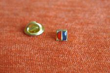 12138 PIN'S PINS CARREFOUR  RARE