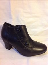 Easy STEP Black Ankle Boots Size 4