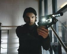 Andrew Lee Potts UNSIGNED photo - 8 - Primeval