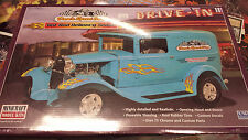 Dave's Speed Shop Hot Rod Delivery Sedan Minicraft 1:16 Scal New Model Car 11233