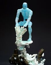 Marvel Legends Series 8 Toybiz : ICEMAN with Sentinel Hand base
