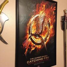 THE HUNGER GAMES: CATCHING FIRE SIGNED POSTER x27 FULL CAST LONDON PREMIER HOLO