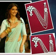 PREMIUM SONAM KAPOOR STYLE SAREE / WESTERN DRESS BROOCH. GIFTING, FESTIVE LOVE.