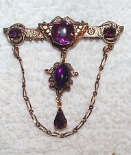 VINTAGE LOVELY AMETHYST GLASS JEWELS CHAIN TREATMENT PIN BROOCH