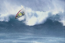 599091 Robert teriitehau tratando de pasar la ola Hookipa A4 Foto Impresión