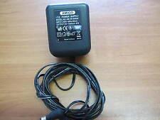 Adaptador de CA cabestrillo Model am-091000av output 9v --- 1000ma