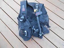 Scuba BCD AERIS -sport weight integrated size M